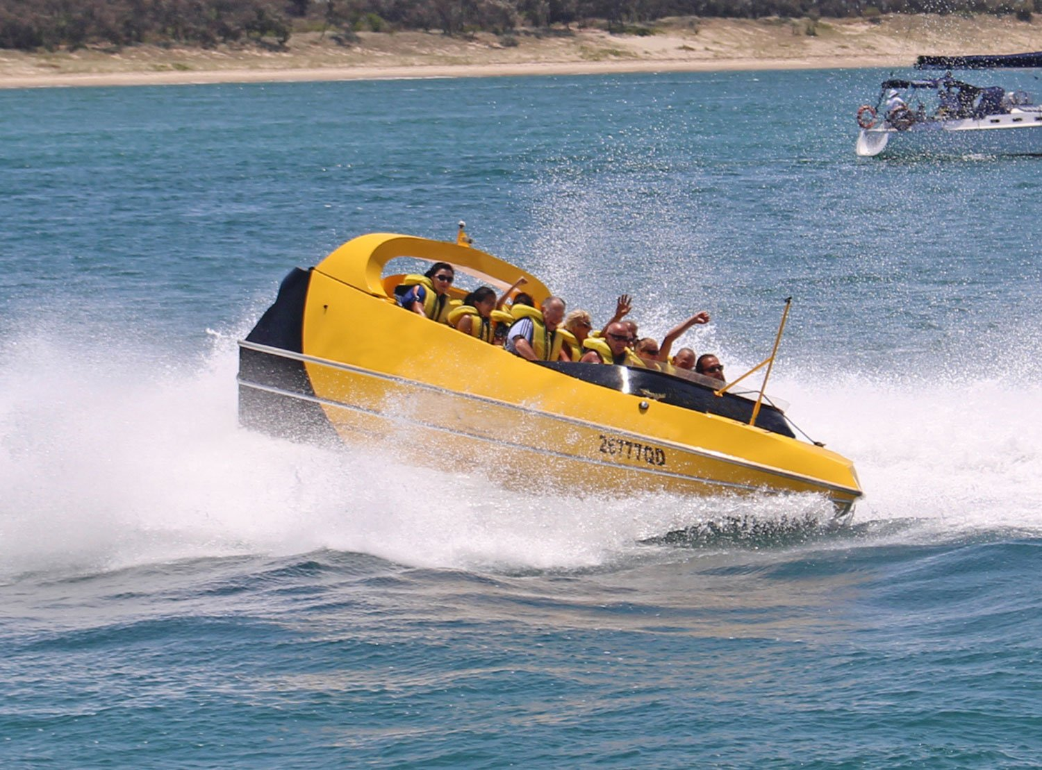 yellow-jet-boat-spin